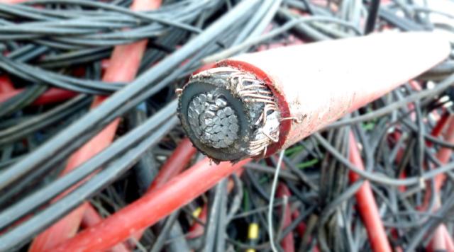 Сдать кабель, лом кабеля